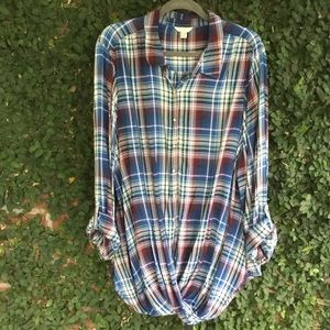 Cato Blue & Red Plaid Twist Front Top Size 22/24W